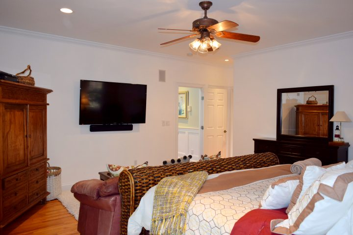 First floor master bedroom TV in HamptonsGetaway, a Hamptons rental